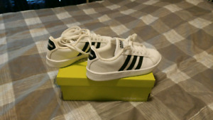 Brand new cloudfoam Addidas womens shoes