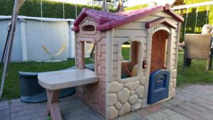Maisonnette little tikes pour enfants