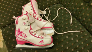 Size one girls skates $15