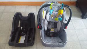 Siège auto pour bébé Graco +2 jouets