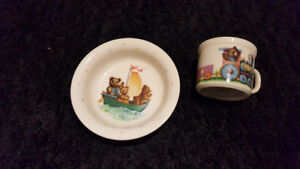 Lenox China Bears Heirloom Collection Cup and saucer