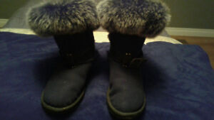 Gently used Australian luxe fur boots