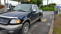 2003 Ford F-150 lariat 4x4 Camion