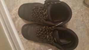 Steel toes boots size 12