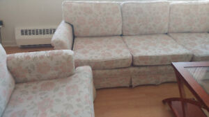 Sofa and matching Chair - Excellent condition
