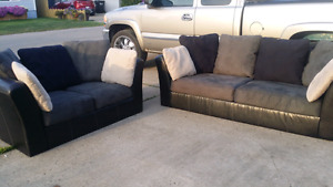 Free delivery modern grey couch and loveseat