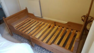 Leksvik Children's Extendable Bed - Ikea - Good Condition