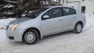 10 SENTRA - AUTO - LOADED - WINTER TIRES - A/C - ONLY 95,000KMS