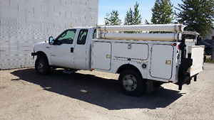 2005 Ford F-350 Service Truck