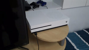 Xbox one S 2 to