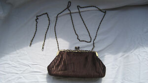 WOMAN'S CLUTCH PURSE Cornwall Ontario image 3