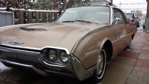 1961 FORD THUNDERBIRD MINT CONDITION