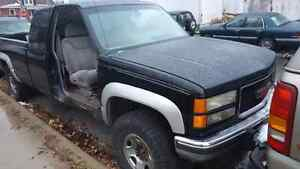 1998 gmc 2500 HD diesel  London Ontario image 1