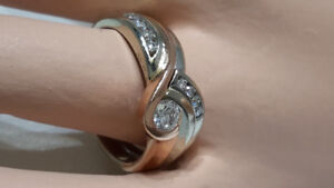14KT WHITE & ROSE GOLD DIAMOND CONTEMPORARY WAVE RING