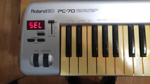 Clavier ROLAND PC-70 Keyboard + Power supply + UM-ONE