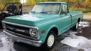 1972 Chevrolet C10 ½ Ton pickup 327 3 spd manual transmission