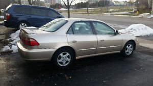 2000 Honda Accord  Fully Loaded, In Excellent Condition, Low Km