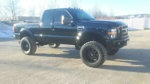 2008 Ford F-250 lifted! deleted! fresh paint!