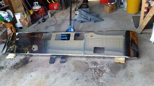 Freightliner bumper