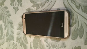 Htc m8s gold like new condition