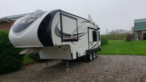 Roulotte Fifth-Wheel