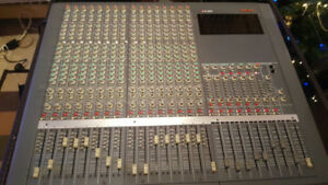 Analog Mixer. Warm sound.  M2600