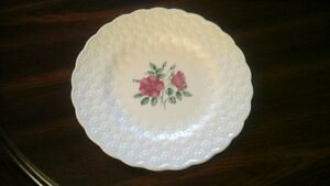 SPODE CHINA PLATE - WILD ROSE FLOWER -  MADE IN ENGLAND