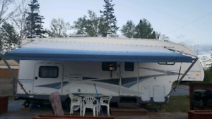 2004 Terry Quantum 5th wheel Trailer