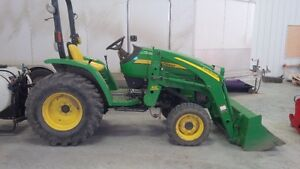 John Deere 3203 compact tractor with 300 loader