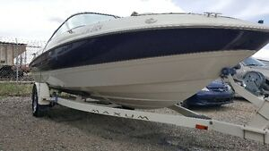 1999 Maxum 1900SR 5.0 Merc Bowrider Less then 130hrs Mint