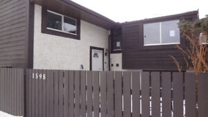 Bank forclosure only $ 124900 in  Millwoods