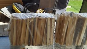 grand sac de bois allumage de cèdre