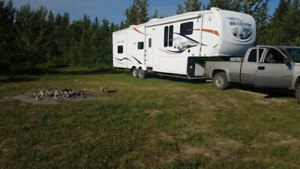 2008 35 Ft Big Country Bunk Model Fifth Wheel