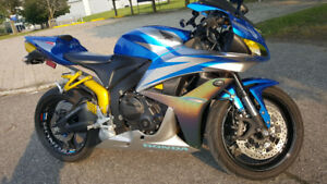 2007 Honda CBR600RR Great condition and low mileage