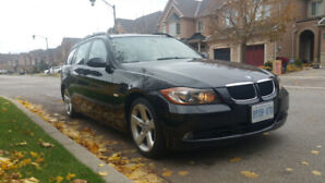 Low mileage and excellent condition: 2006 BMW 325xi