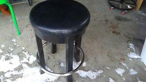 BLACK LEATHER BAR STOOL