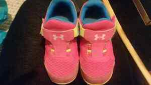 Under Armour Size 9 Toddler