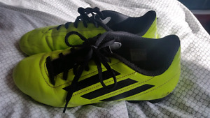 Souliers soccer crampons junior 6 ADIDAS