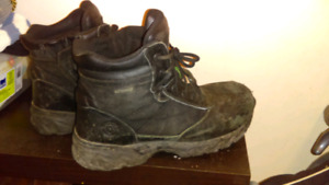 Size 9 Nike / Boots / blue Prada / used safety boots