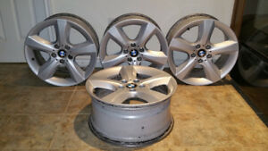 BMW X5 2007-2013 OEM GREAT CONDITION 18 INCH RIMS
