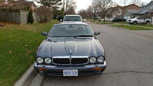 2000 Jaguar XJ8 Sedan Make an Offer you just never Know