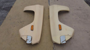 1975-1979 Used Fiberglass fenders with Signal lights fits Datsun