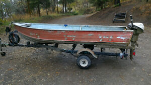 12ft Princecraft Aluminum Boat w/ 9.5hp Johnson outboard