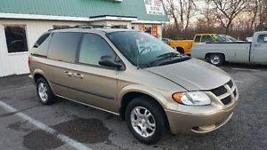 DODGE CARAVAN SXT MINVAN ** SALE PRICED ** CERTIFIED $3995