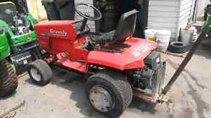 Gravely G20 Tractor with Snow Blade