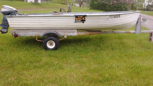 14' aluminum boat .9.9 motor and trailer with ownership​