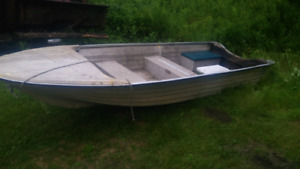14 ft fiber glass boat