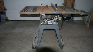 "Craftsman 10"" 1.5 hp Contractor's Table Saw Kingston Kingston Area image 1"