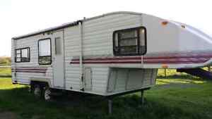 1994 Sunrise by Cobra, 29ft, 5th Wheel Camping Trailer
