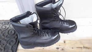 New military gore tex boots army combat prospector new Vibram